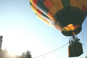 Buy mum a hot air balloon ride for mother's day
